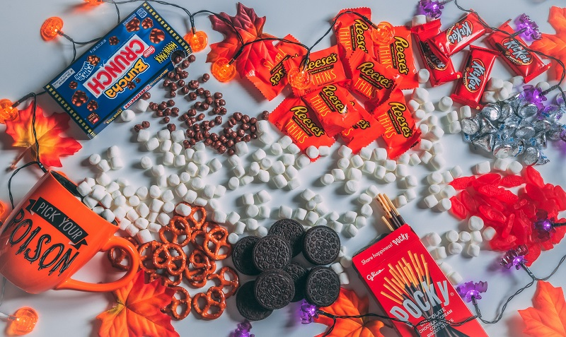 How to Find the Best Sustainable Halloween Candy
