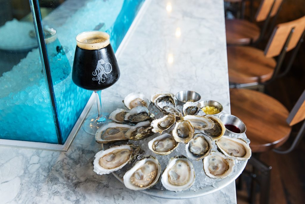 Oysters and Pike beer at Tankard & Tun,